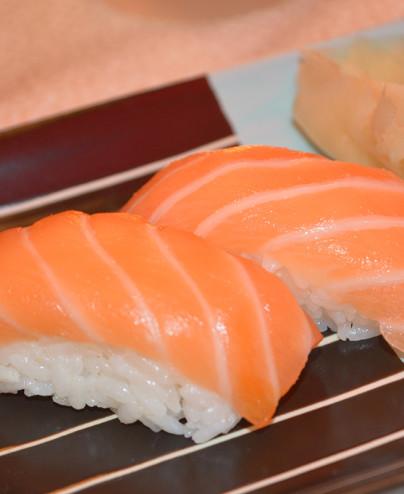 Nigiri Salmone mini - Hari restaurant - Hari ristorante giapponese con cucina asiatica roma - Consegne a domicilio (TakeAway) -