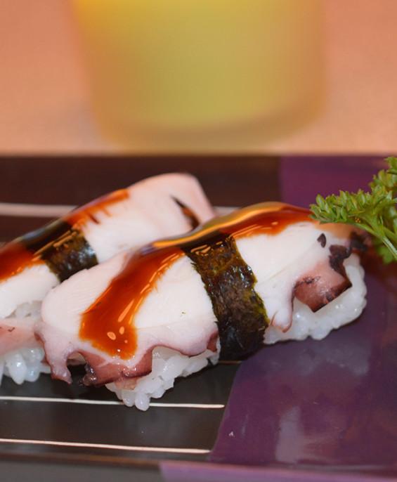 Nigiri polipo – Hari restaurant – Hari ristorante giapponese con cucina asiatica roma – Consegne a domicilio (TakeAway) – Pren