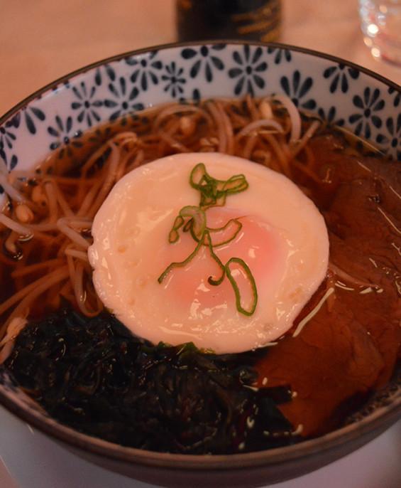 Ramen giapponese  – Hari restaurant – Hari ristorante giapponese con cucina asiatica roma – Consegne a domicilio (TakeAway) – Prenotazione
