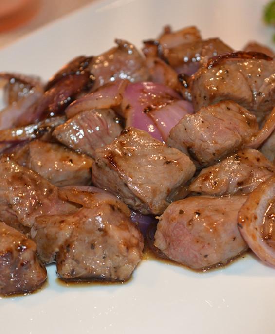 Filetto di vitello con pepe nero mini   – Hari restaurant – Hari ristorante giapponese con cucina asiatica roma – Consegne a dom
