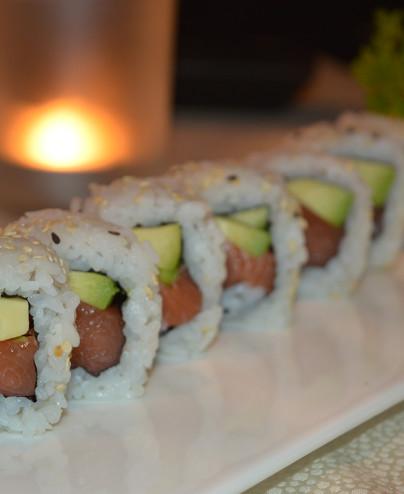 Salmone maki mini - Hari restaurant - Hari ristorante giapponese con cucina asiatica roma - Consegne a domicilio (TakeAway) - Pr