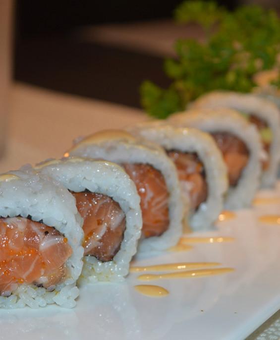 Spicy salmon mini   – Hari restaurant – Hari ristorante giapponese con cucina asiatica roma – Consegne a domicilio (TakeAway) –